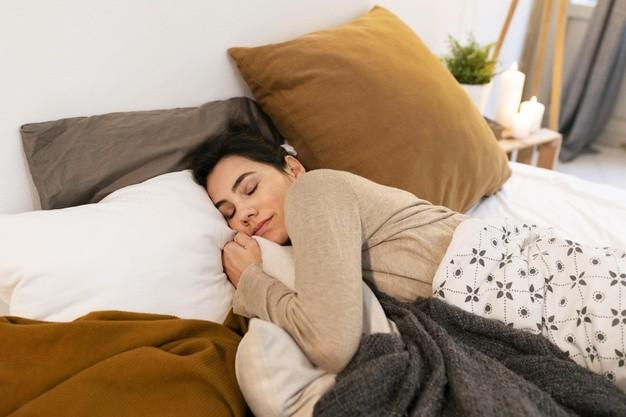 El arte de la siesta energética para madres