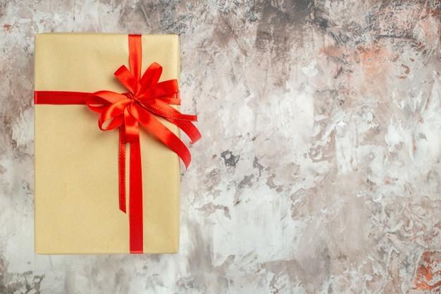 10 ideas de regalos asequibles para comprar con un presupuesto ajustado